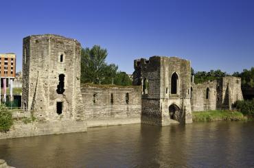 Caerphilly Castle   Cadw