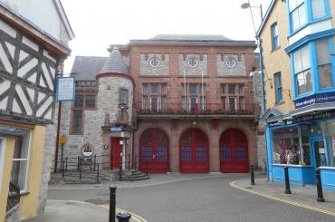 exterior image of Denbigh town hall